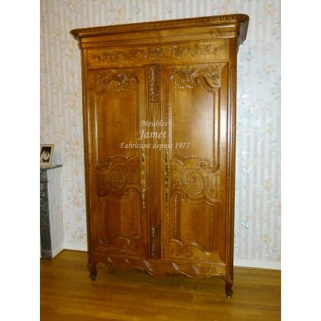 armoire normande bois claire lisse meubles jamet. Black Bedroom Furniture Sets. Home Design Ideas