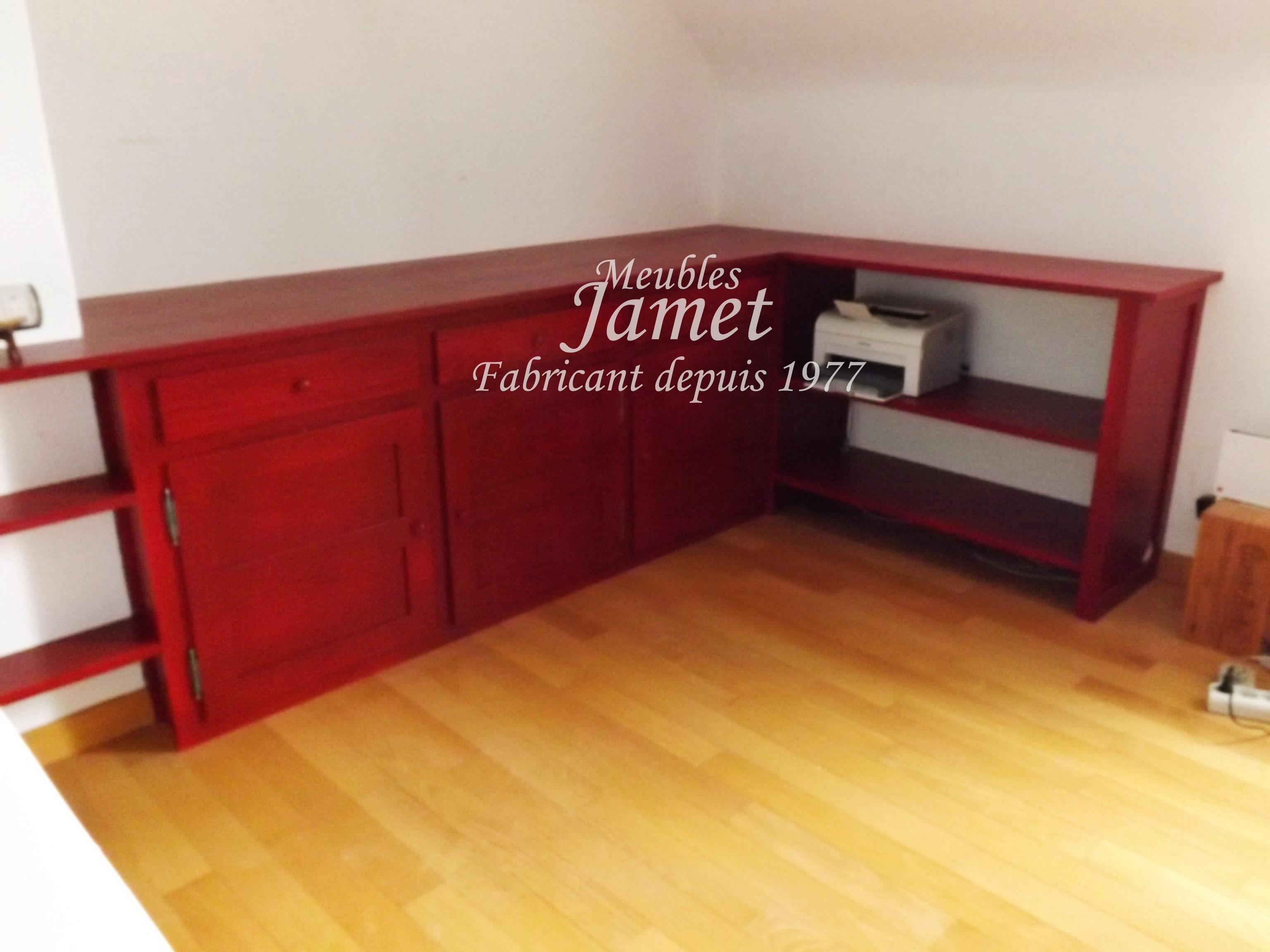 Agencement de bureau en bois rouge meubles jamet