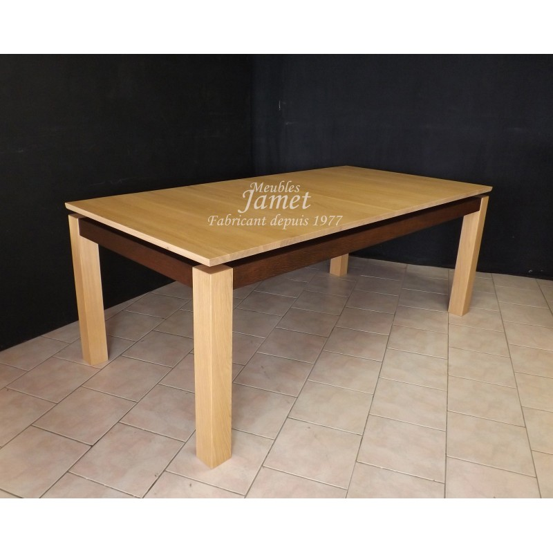 table rectangulaire contemporaine en bois massif meubles. Black Bedroom Furniture Sets. Home Design Ideas