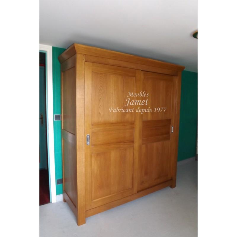 grosse armoire contemporaine en bois meubles jamet. Black Bedroom Furniture Sets. Home Design Ideas