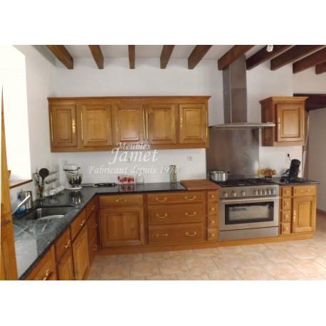 Cuisine rustique large en bois meubles jamet for Cuisine rustique bois