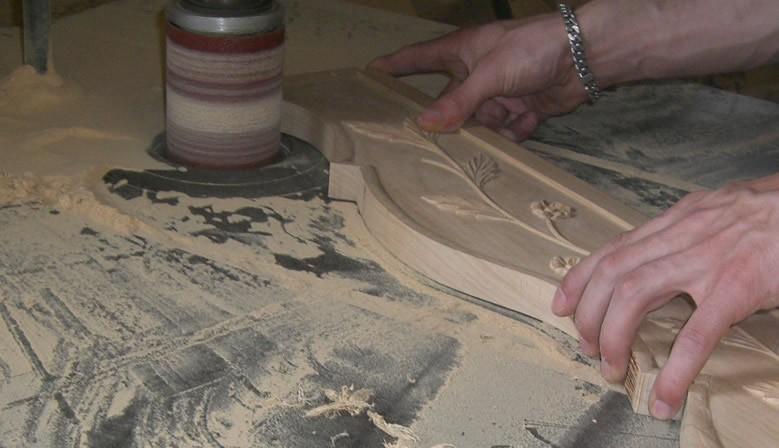 Fabrication traditionnelle de meubles normands