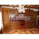 Cuisine rustique en bois - four central