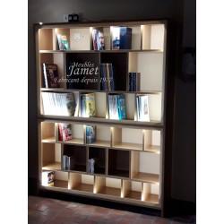 Bibliothèque sur mesure en chêne