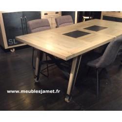 Table style Atelier piétement sur roulettes